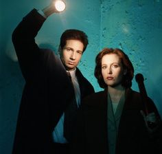 """""""X-Files"""" Writer On How To Tell A Great Sci-Fi Story"""