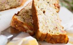 Pain au thon et aux courgettes WW, recette d'un pain très sain et moins calorique, facile à faire, et peut être servi en entrée froid accompagné de crudités