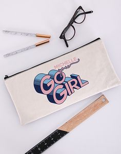 Give her the motivation she needs with this creative good luck gift! Whether you want to send a cute St Patrick's Day gift or wish her good luck for an upcoming test, interview, or date, this personalised pencil case is the ultimate good luck gift! Pink Happy Birthday, Happy Birthday Candles, Happy Birthday Balloons, Kiss Emoji, Heart Emoji, Lucky To Have You, Owl Always Love You, 21 Balloons, Good Luck Gifts