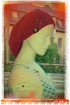 Knitted velvet beanie