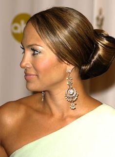 A chic bun hairstyle from Jennifer Lopez