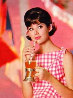 Cute pic of Colleen Corby the teen face of the 1960s Fashion, Fashion Models, Vintage Fashion, Colleen Corby, Seventeen Magazine, Teen Models, Girl Next Door, Vintage Outfits, 50s Outfits