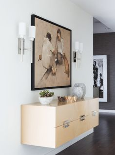 The 5 Basic Rules of Styling a Side Table These are the rules that apply to any surface in your home that you're looking to accessorize. All of them are meant to make flat surfaces as dynamic and …