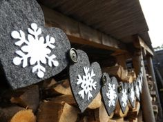 Christmas decor. Nordic. Snowflake garland. by lynnette
