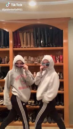 me and avery nxt time we hang? Super Funny Videos, Funny Short Videos, Funny Video Memes, Really Funny Memes, Stupid Funny Memes, Funny Relatable Memes, Funny Pranks, Dance Choreography Videos, Dance Videos