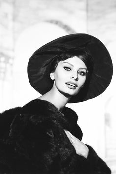 msmildred:  Sophia Loren photographed by Wallace Seawell, 1959.
