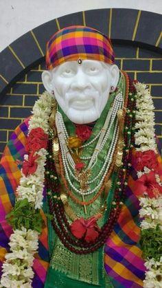 Jai Sai Ram Sai Baba Pictures, God Pictures, Jay Shri Ram, Ganpati Decoration Design, Sai Baba Miracles, Shirdi Sai Baba Wallpapers, Sai Baba Hd Wallpaper, Sai Baba Quotes, Lord Shiva Statue