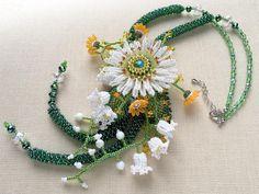 マーガレットのボリュームお花畑ネックレス