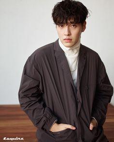 Kang Ha Neul for Eaquire 2020 Kang Haneul, Why Im Single, Drama Korea, Korean Artist, Asian Boys, Prince Charming, Korean Actors, Pretty People, Asian Beauty