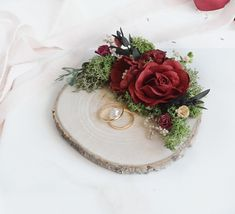 Wedding ring holder with moss ring holder wood sliceWedding ring holder Winte - Cell Phone Ring Stand - Ideas of Cell Phone Ring Stand - Wedding ring holder with moss ring holder wood sliceWedding ring holder Winter wedding Burgundy Ring Holder Wedding, Ring Pillow Wedding, Wedding Rings, Diy Engagement Ring Box, Wood Slices Wedding, Indian Wedding Pictures, Romantic Gifts For Wife, Ring Bearer Signs, Desi Wedding Decor