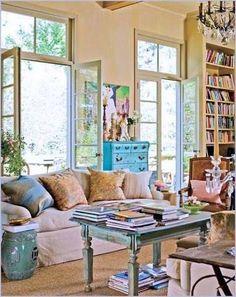 Light-filled lounge :) bliss!!