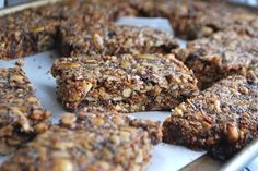Always order dessert: homemade chewy granola bars with hazelnuts & chocolate -- food blog and recipes