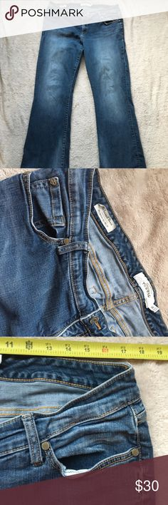 """Torrid Jeans Good condition jeans with approx 34"""" waist and 30"""" inseam.  Make a reasonable offer 🌸 torrid Jeans Boot Cut"""