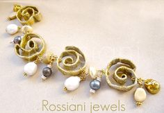 Sculpture bracelet - Rossiani jewels made in Italy - handmade jewels pearls silver and aluminium