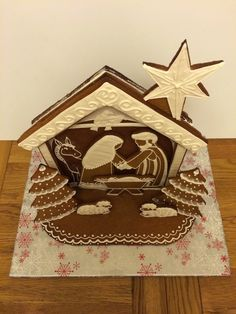 Gingerbread Nativity pattern and tutorial. Cookie Nativity Scene with Mary, Joseph and Baby Jesus in a stable Christmas Gingerbread House, Christmas Lunch, Gingerbread Houses, Christmas Goodies, White Christmas, Ginger House, Doll House Plans, Winter Project, Christmas Sugar Cookies