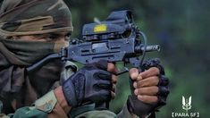 Indian Army's 21 PARA SF Operative down on the range with a Micro UZI Parabellum Submachine Gun/Personal Defense Weapon with a Meprolight MOR Red Dot Sight. Military Couple Photography, Indian Army Special Forces, New Photos Hd, Indian Army Quotes, Indian Army Wallpapers, Army Pics, Military Photos, Military Art, Personal Defense
