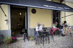 Outdoor Decor, Home Decor, Close Up, Pranks, Snacks, Lisbon, School, Homes, Restaurants