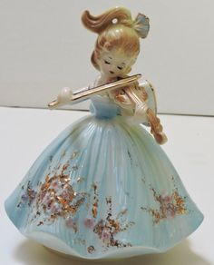 Vintage Musical Ceramic Figurine Violin PlayerPlays by QVintage Holiday Gifts, Christmas Gifts, Christmas Ornaments, Holiday Decor, Music Boxes, Vintage Music, Violin, Fascinator, Musicals