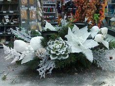 Christmas arrangement by Tiffany Pickerel