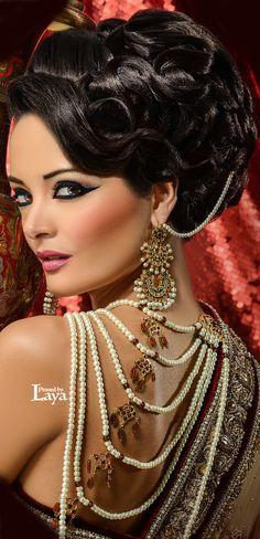 ♔LAYA♔INDIAN BRIDE♔ Indian Bridal Makeup, Asian Bridal, Bridal Hair And Makeup, Bride Makeup, Wedding Makeup, Indian Bridal Hairstyles, Wedding Hairstyles, Beautiful Bride, Beautiful People