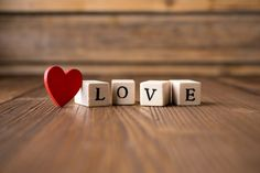 It's Valentine's Day! And Edutopia's VideoAmy has collected these 7 delightfully entertaining videos about love to help you celebrate. Cover Pics For Facebook, Fb Cover Photos, Twitter Cover, Cover Photo Quotes, Facebook Timeline Covers, Vintage Facebook Cover, Facebook Profile, Timeline Photos, Charlotte Von Stein