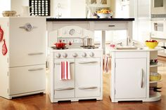 Pottery Barn Kids Retro Kitchen Icebox, Sink and Stove Collection