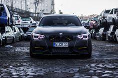Единичка от Manhart мощностью 400 лошадей  Немцы из ателье Manhart немало потрудились над самой мощной версией единички – BMW M135i. В результате доработки из её трехлитрового шестицилиндрового турбомотора удалось выжать 400 л.с. и 561 Нм момента.  Ищи подробности на #BMWGuide: http