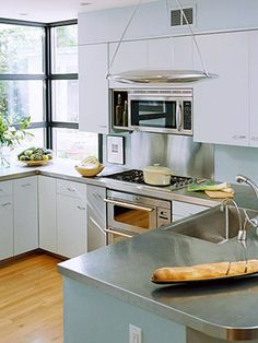 Supreme Kitchen Remodeling Choosing Your New Kitchen Countertops Ideas. Mind Blowing Kitchen Remodeling Choosing Your New Kitchen Countertops Ideas. Kitchen Remodel, Kitchen Design, Stainless Steel Kitchen Countertops, Diy Kitchen Countertops, Kitchen Flooring, New Kitchen, Kitchen Remodel Countertops, Stainless Countertops, Clean Kitchen Floor