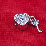 El amor esta en tu #pulsera con este #charm de Cupido para pulseras #Pandora    #Compra lo AHORA en www.iola.es Tienda online, 100% española!! comparte con tus amigas!!!  100% Plata Esterlina Charm para tu Pulsera Pandora forma de Corazon co – iOLA Fashion