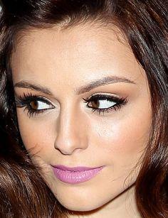 Makeup Cher Lloyd, lilac-colored lipstick.