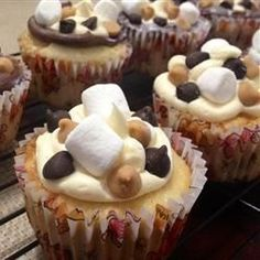 """Everything Cupcakes 