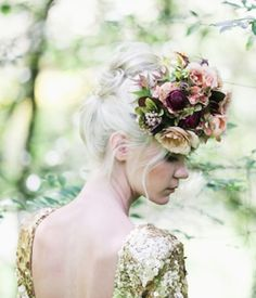 ❀ Flower Maiden Fantasy ❀ women & flowers in art fashion photography - Lara Hotz Photography (detail) for Hooray Magazine