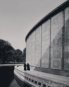 Kleinhans Music Hall, Buffalo, NY (1940) | Eliel and Eero Saarinen | Photo © Robert Damora