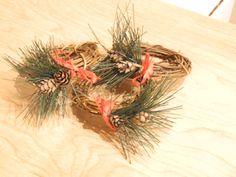 Set of 4 winter napkin rings with mini pine by LilyPadsAndSunshine