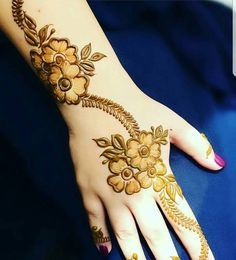Contact for henna services,, Call/ Al Ain, UAE Finger Henna Designs, Mehndi Designs For Girls, Mehndi Designs 2018, Mehndi Designs For Beginners, Modern Mehndi Designs, Mehndi Designs For Fingers, Beautiful Henna Designs, Henna Tattoo Designs, Mehandi Designs