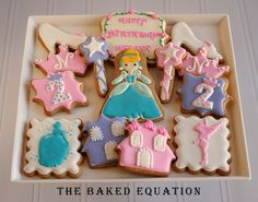 Cinderella Princess Cookies Detailed
