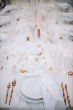 Alexa and Jake created a modern luxe all-white wedding at Noku Beach House in Seminyak, and it was seriously magic! Bali Wedding, Our Wedding, Destination Wedding, Prayer Of Thanks, Playing For Keeps, Bridesman, All White Wedding, Animal Party, Four Seasons
