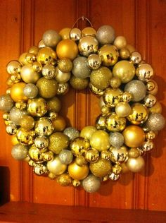 #Christmas #ornament #wreath. Silver & gold color scheme. #DIY