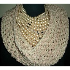 Free Pattern: Icing Cowl by Andra Asars