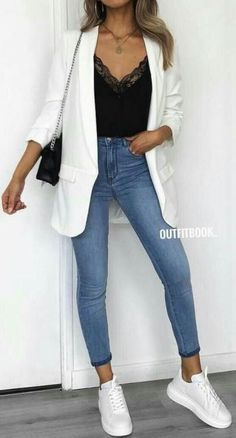 moda 45 Fantastic Spring Outfits You Should Definitely Buy / 020 Mode buy Fantastic Moda Outfit ideen outfits Spring Mode Outfits, Fall Outfits, Fashion Outfits, Womens Fashion, Office Outfits, Jeans Fashion, Fashion Ideas, Summer Outfits, Dress Fashion