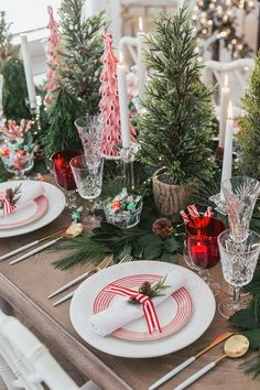 Peppermint Holiday Dinner Party with simple greenery and mini trees. Classic and causal all in one setting. Christmas Party Table, Dinner Party Table, Christmas Table Settings, Christmas Tablescapes, Holiday Dinner, Holiday Tables, Christmas Party Centerpieces, Elegant Christmas, Simple Christmas