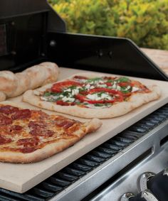 Requiring no seasoning or conditioning, this baking stone eliminates hot spots for consistent cooking. Use it for pizzas, pastries and other baked goods or to heat ready-made frozen meals. 22.5'' W x 13.5'' DCordieriteHand washImported