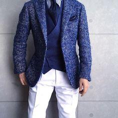 . 2017/12/21. . おはようございます✨. . 今日はこんな感じで✨. * * * Jacket #Brillaperilgusto Gilet #Bevilacqua Shirts #beamsf Tie #LUIGIBORRELLI Chief #STEFANOCAU Pants #mrfenice * * * #mensstyle #mensfashion #menswear #mnswr #fashionable #picoftheday #instagood #instastyle #instafashion #IGfashion #instagood#coordinate #dapper #ootd #fashiongram #gentleman #jacket #menwithstyle #fashion#style#menstyle#fashionista#men#style#ファッション#コーディネート