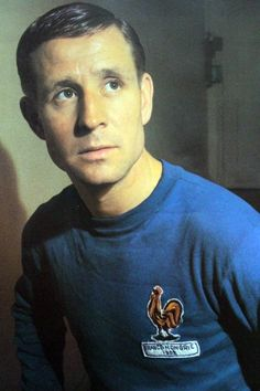 Soccer, football or whatever: Raymond Kopa: the playmaker behind Fontaine's 13 goals Football Icon, Retro Football, Football Design, World Football, Vintage Football, Football Soccer, Football Shirts, Fifa, Dreams