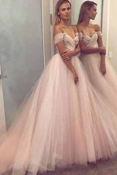 Shop for cheap, short & long prom dresses, cheap long prom dresses. Annapromdress's collection includes plenty of the cheap prom dresses, such as short prom dresses, long prom dresses and many more. Cheap Prom Dresses Uk, Prom Dresses Long Pink, Wedding Dresses Uk, Dresses Short, Tulle Prom Dress, Dress Long, Dress Formal, Formal Gowns, Gown Wedding