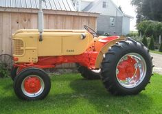 Have a customer with a case Case Ih Tractors, Old Tractors, Antique Tractors, Vintage Tractors, Make Your Case, Tractor Implements, Tractor Mower, Classic Tractor, Farm Trucks