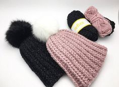Crochet children's hat with reflex and pompon, free crochet recipe for children's hat . Crochet Baby Toys, Crochet For Kids, Diy Crochet, Crochet Clothes, Knitted Hats, Crochet Hats, Baby Hats, Hats For Women, Crochet Projects