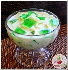 BUSOG! SARAP!: BUKO PANDAN SALAD (Filipino Shredded Young Coconut...