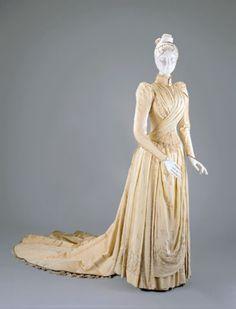 Wedding dress, ca. 1890-91  From the Cincinnati Art Museum