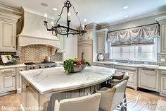 Love this kitchen--Segreto Finishes site again. I believe Sarah Eilers is the designer. Beautiful Kitchens, Cool Kitchens, Dream Kitchens, Beautiful Homes, Custom Kitchens, New Kitchen, Kitchen Decor, Kitchen Ideas, Kitchen Hoods